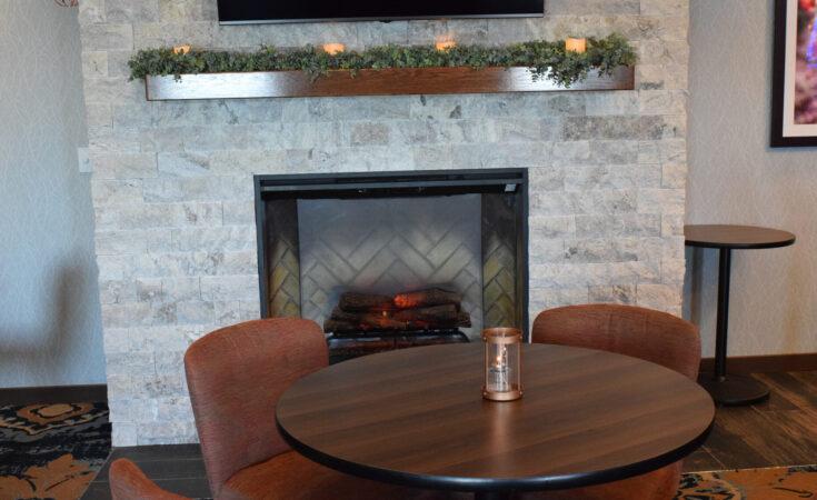 Seasons On Keuka Lake Banquet Conference Center Keuka Breeze Fireplace